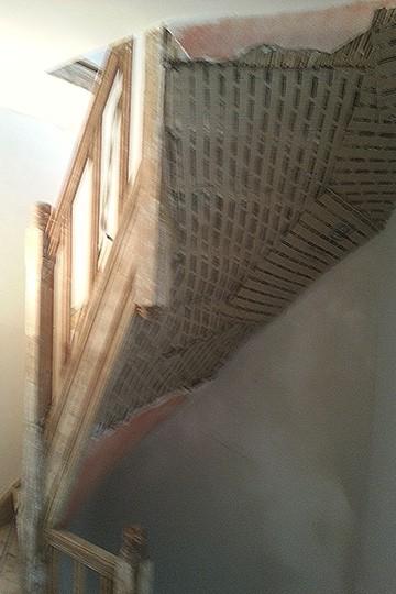 Aangebracht stucanet voor stucwerk in gebogen vormen