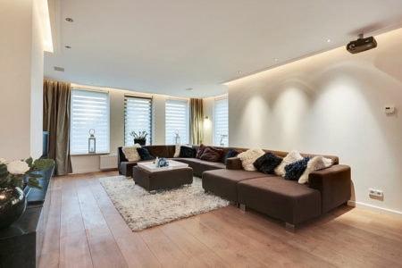latex spuiten woonkamer