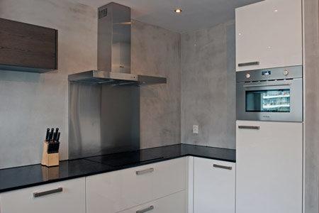 betonlook laten aanbrengen op wanden keuken