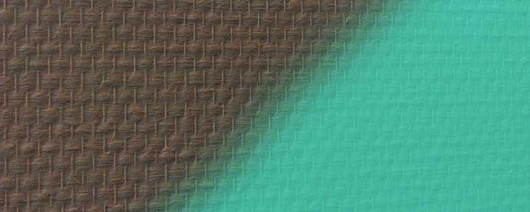 kan ik een muur met behang laten overspuiten met latex muurverf