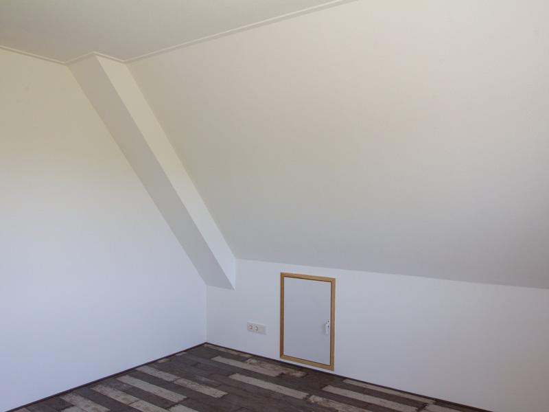 afkitten scheuren in muren en plafond